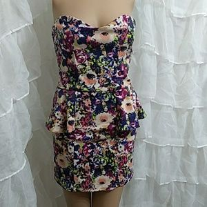 MATERIAL GIRL Peplum Strapless Cottony Dress P11